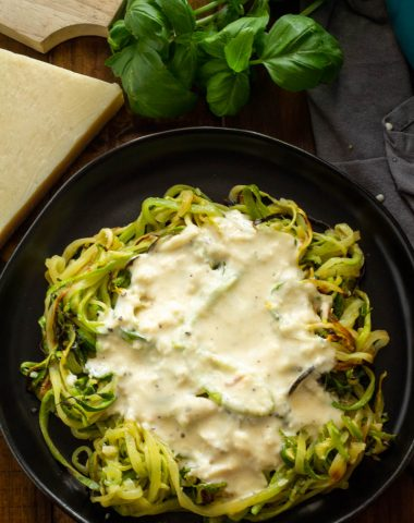 Low Carb Garlic Cream Sauce