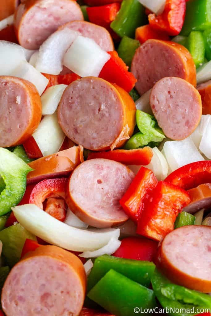 sliced sausages and vegetables