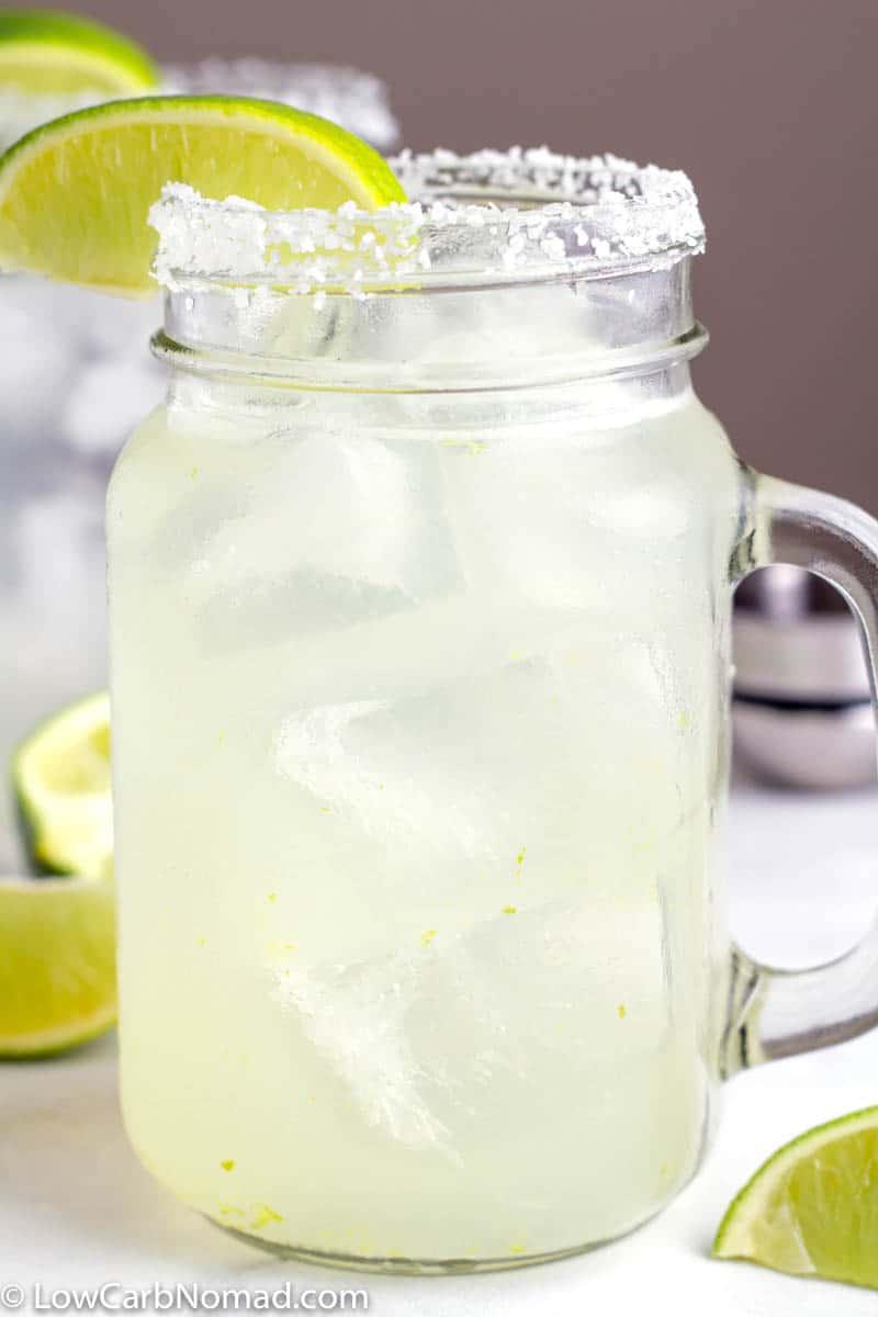 Low Carb Skinny Margarita recipe in a mason jar glass