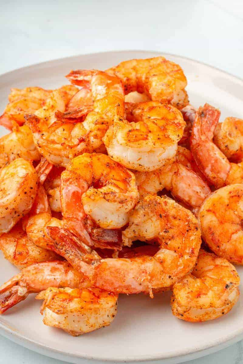 close up photo of air fryer shrimp on a plate